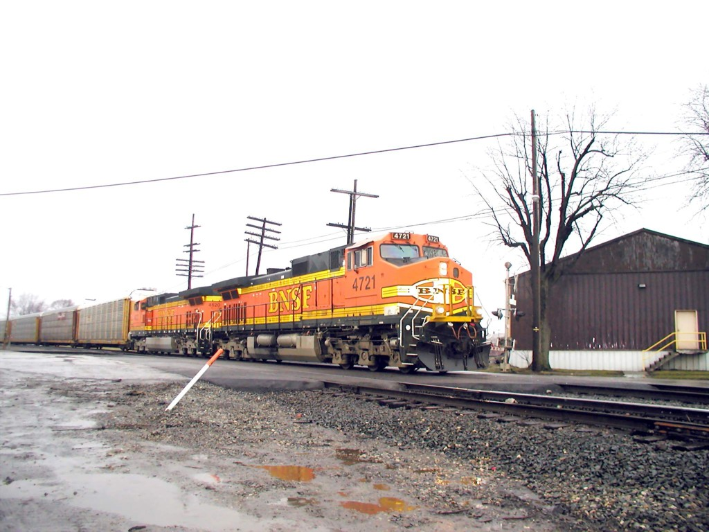 BNSF 4721 NS Line